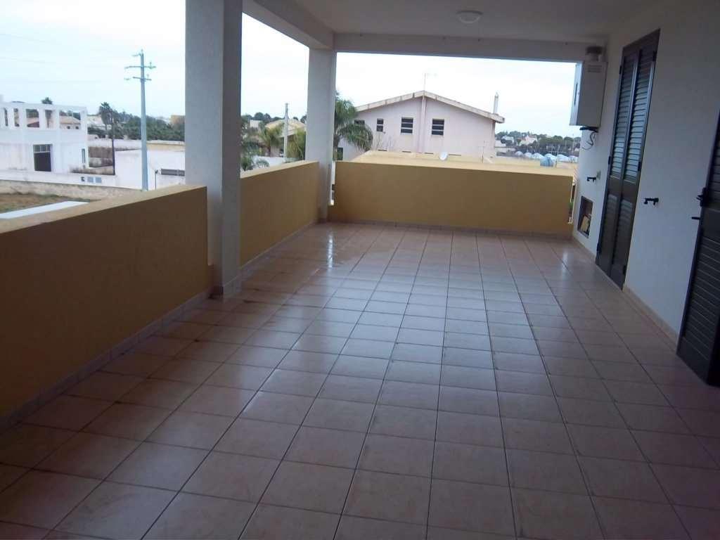Appartamento in affitto a Marsala, 4 locali, zona Località: Zona mare lato Mazara del Vallo, prezzo € 500 | Cambio Casa.it