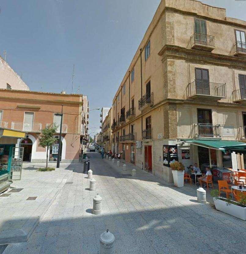 Magazzino in affitto a Marsala, 1 locali, zona Località: Centro storico, prezzo € 350 | CambioCasa.it