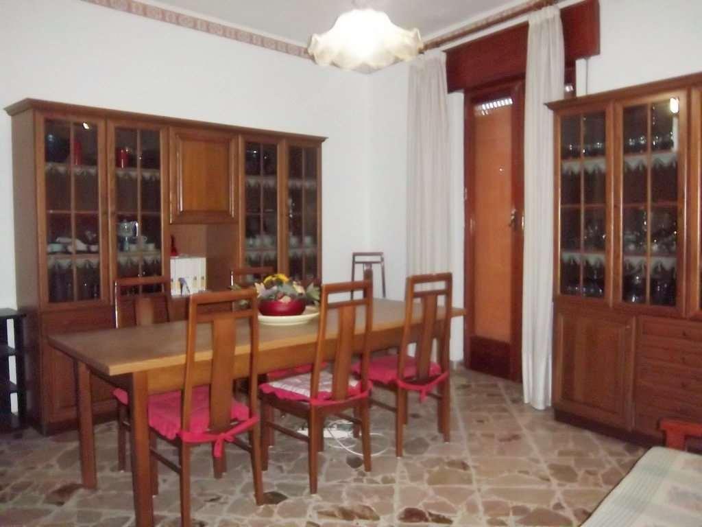 Palazzo / Stabile in vendita a Marsala, 6 locali, zona Località: Centro, prezzo € 195.000 | CambioCasa.it