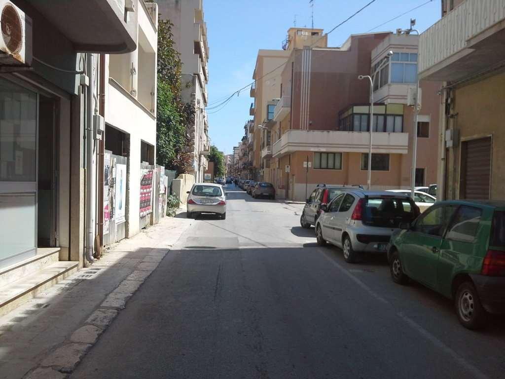Negozio / Locale in vendita a Marsala, 1 locali, zona Località: Centro, prezzo € 60.000 | Cambio Casa.it