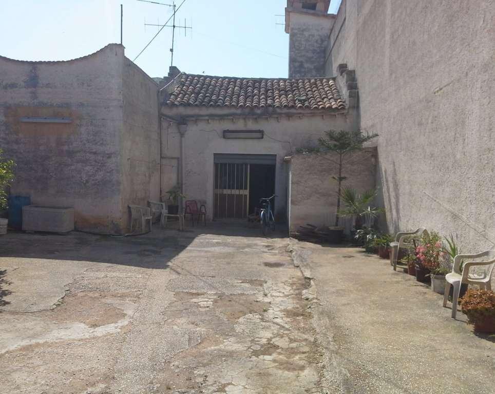 Soluzione Indipendente in vendita a Marsala, 3 locali, zona Località: Periferia lato Mazara del Vallo, prezzo € 40.000 | CambioCasa.it