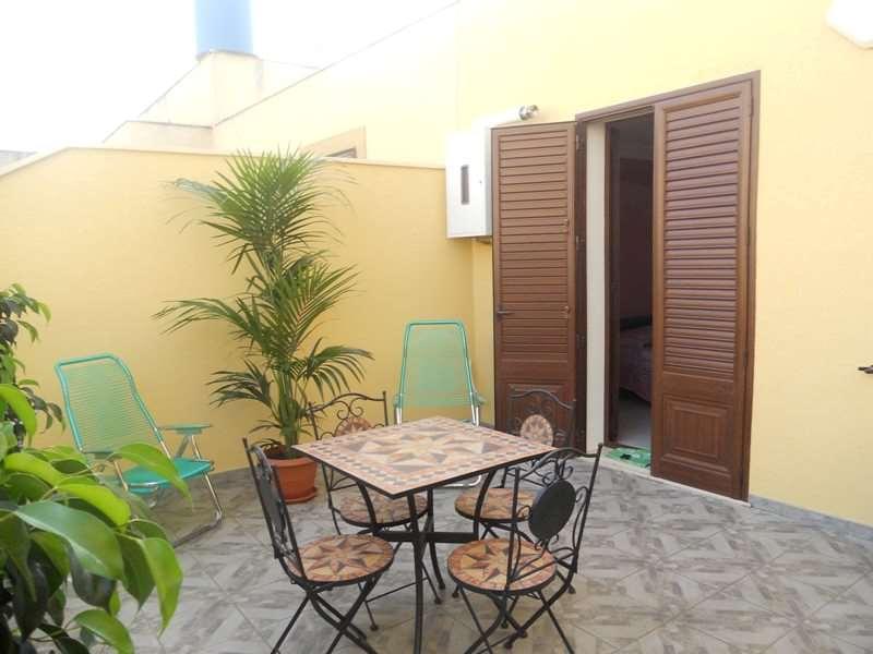 Appartamento in affitto a Marsala, 4 locali, zona Località: Centro storico, Trattative riservate | CambioCasa.it