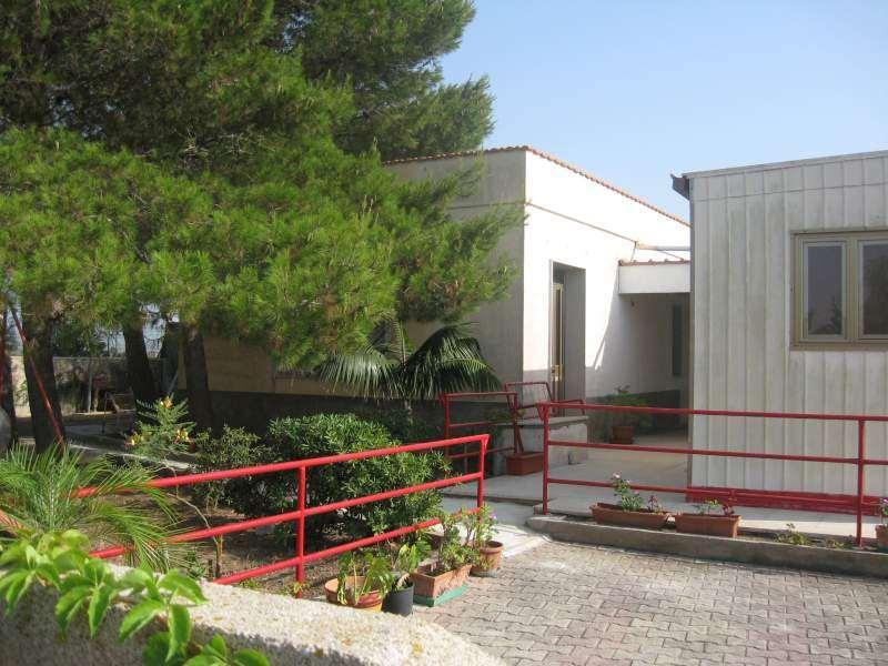 Villa in vendita a Marsala, 3 locali, zona Zona: Birgi, prezzo € 140.000 | Cambio Casa.it