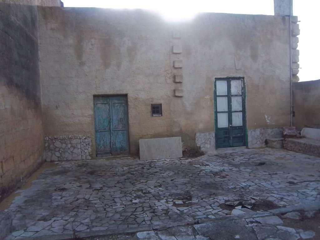 Magazzino in vendita a Marsala, 2 locali, zona Località: Periferia lato Mazara del Vallo, prezzo € 35.000 | CambioCasa.it