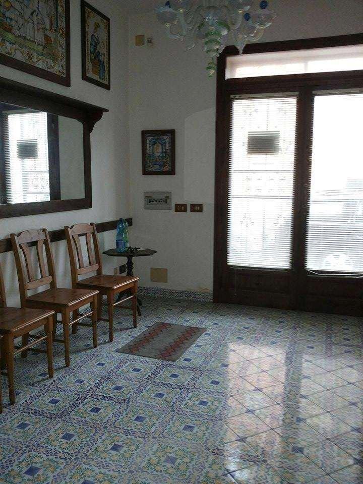 Palazzo / Stabile in vendita a Marsala, 3 locali, zona Località: Centro storico, prezzo € 100.000 | CambioCasa.it
