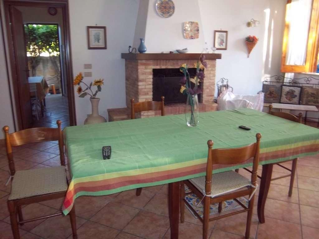 Villa in affitto a Marsala, 5 locali, zona Località: Zona mare lato Mazara del Vallo, Trattative riservate | CambioCasa.it