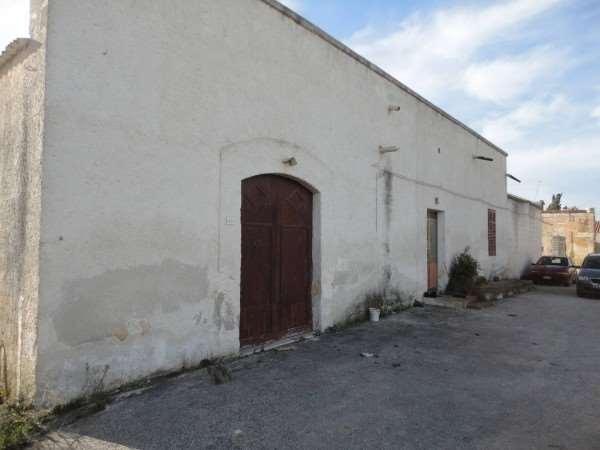 Rustico / Casale in vendita a Marsala, 5 locali, zona Località: Periferia lato Trapani, prezzo € 65.000 | Cambio Casa.it