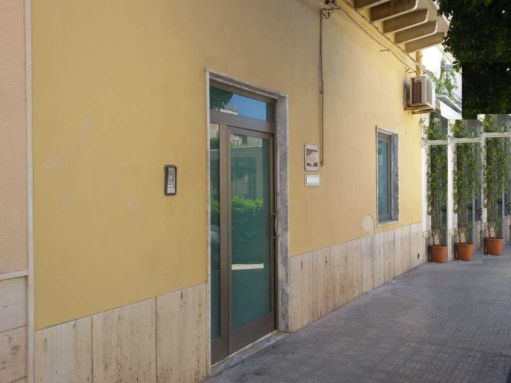 Negozio / Locale in vendita a Marsala, 4 locali, zona Località: Centro, prezzo € 180.000 | Cambio Casa.it