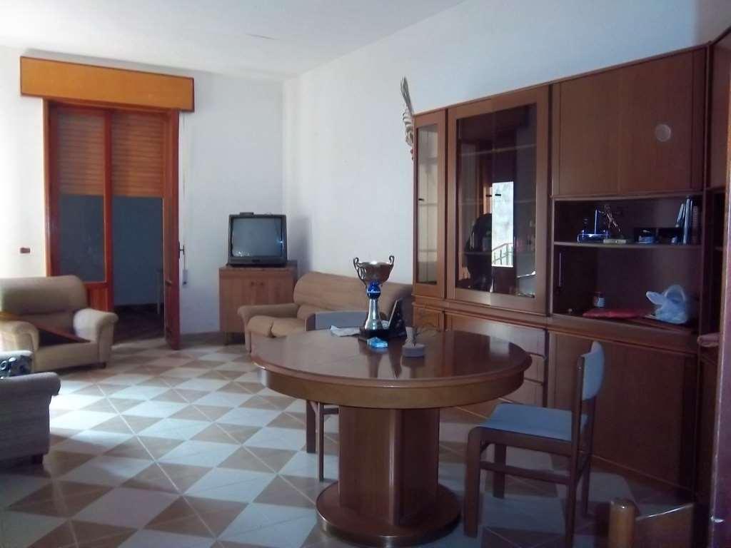 Soluzione Indipendente in vendita a Marsala, 10 locali, zona Località: Periferia lato Mazara del Vallo, prezzo € 150.000 | Cambio Casa.it