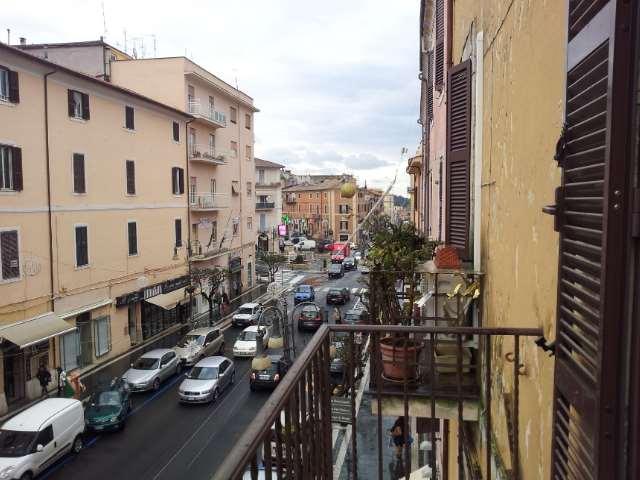 Ufficio / Studio in affitto a Genzano di Roma, 2 locali, zona Località: Corso, prezzo € 500 | Cambio Casa.it