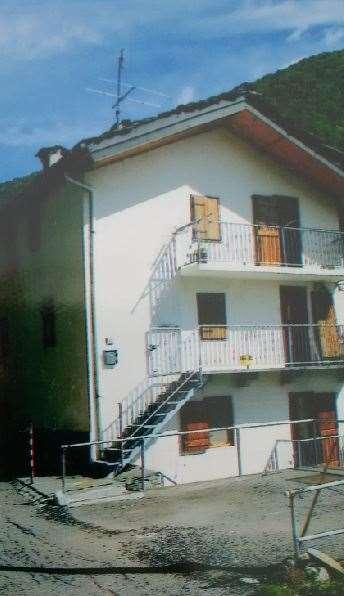 Villa in vendita a Rosazza, 12 locali, prezzo € 80.000 | Cambio Casa.it