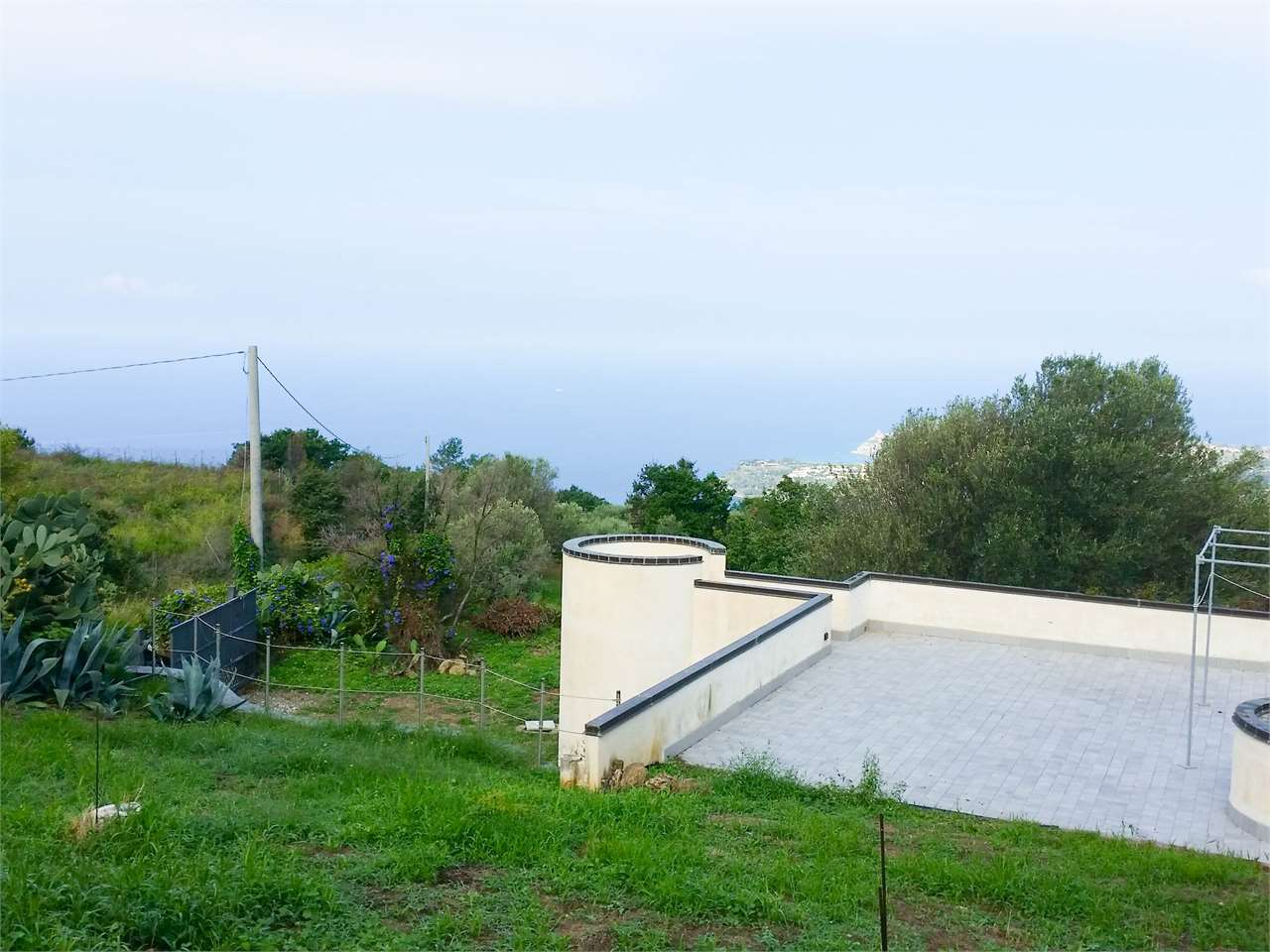 Villa in vendita a Joppolo, 4 locali, zona Zona: Coccorino, prezzo € 310.000 | Cambio Casa.it