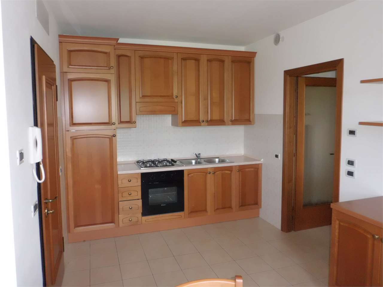 Appartamento in affitto a Conegliano, 3 locali, zona Località: Ogliano, prezzo € 450 | Cambio Casa.it