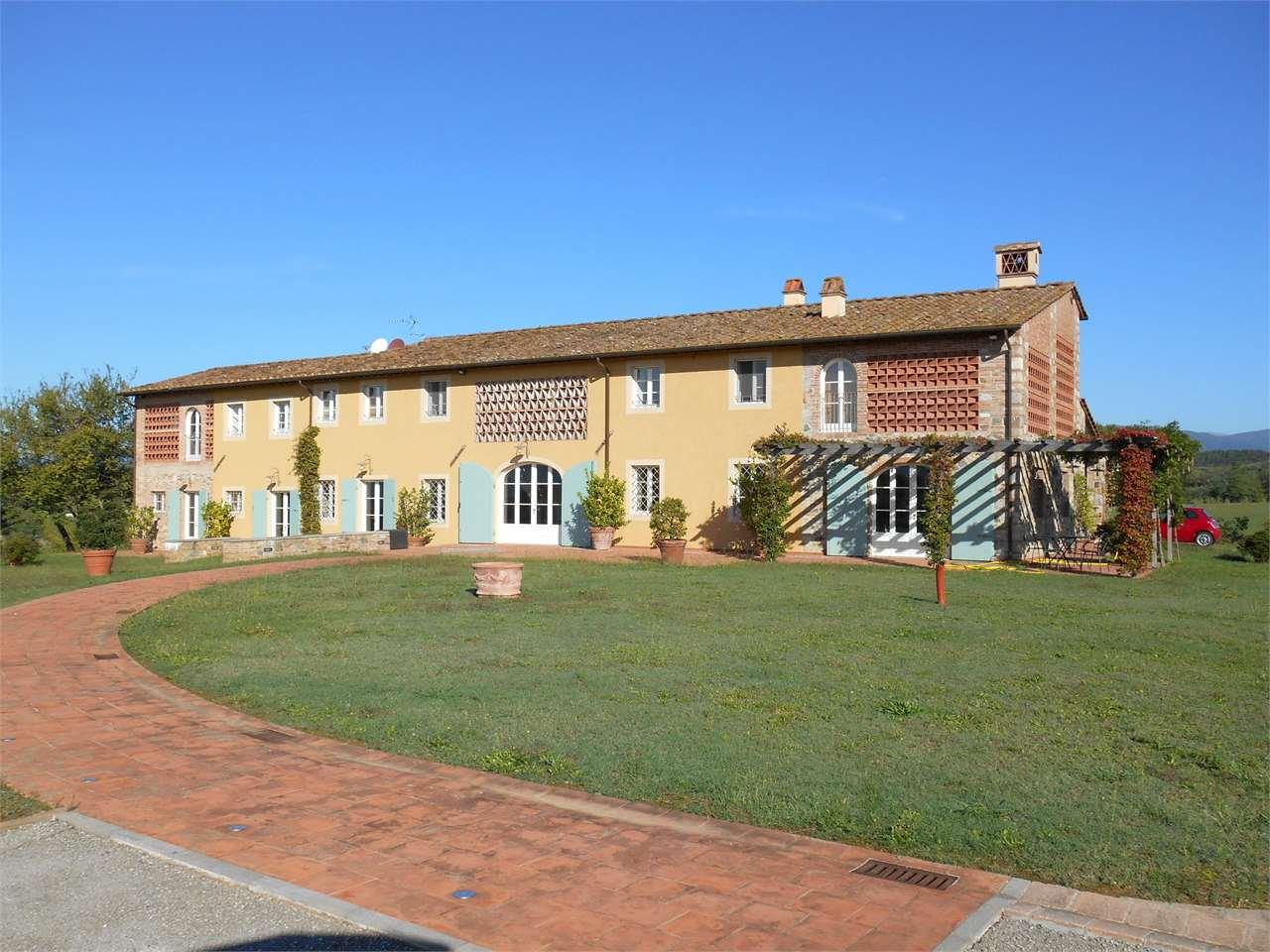 Rustico / Casale in vendita a Montecarlo, 27 locali, Trattative riservate | Cambio Casa.it