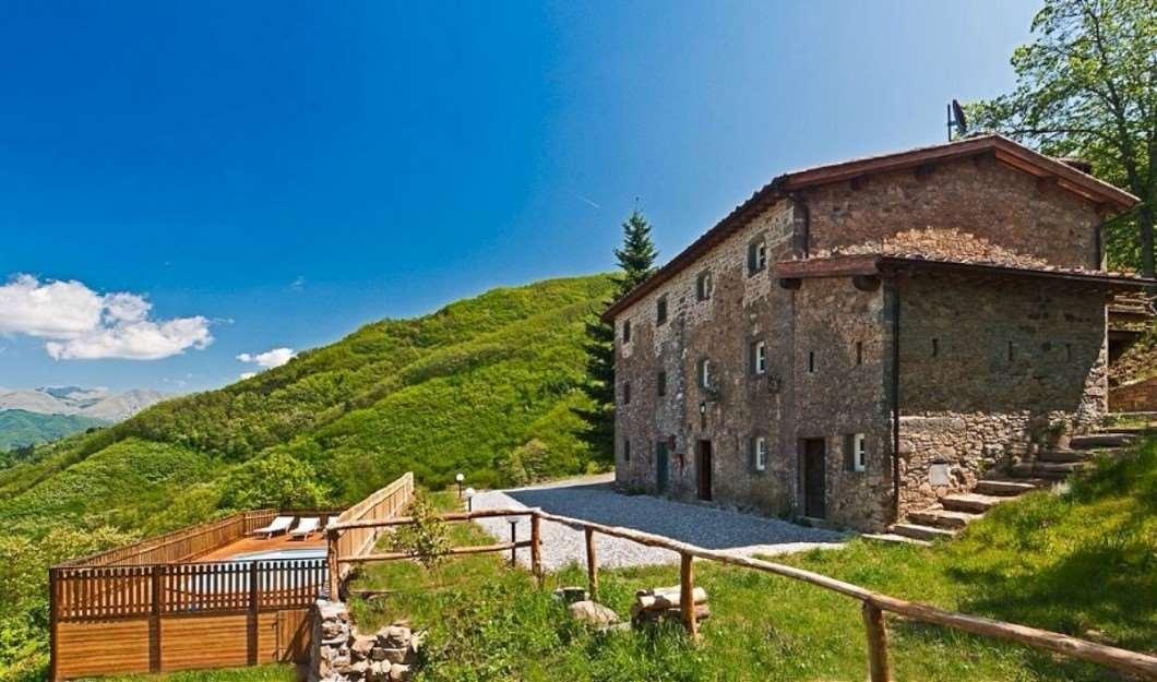 Rustico / Casale in vendita a Borgo a Mozzano, 11 locali, prezzo € 450.000 | Cambio Casa.it