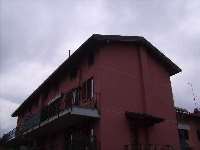 Appartamento in Vendita a Senna Comasco