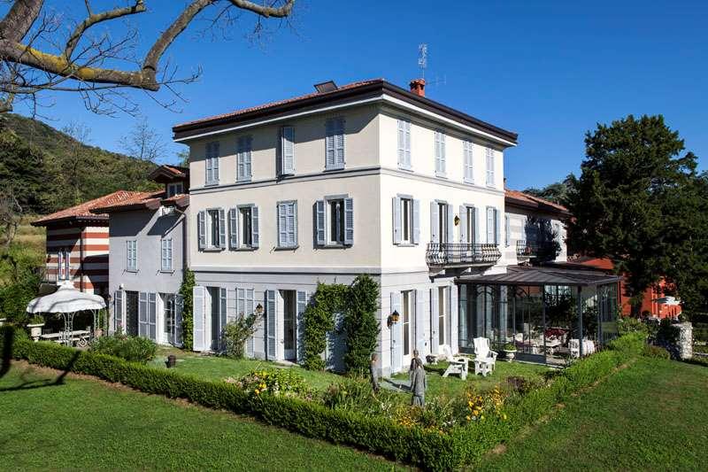 Appartamento in vendita a Como, 4 locali, Trattative riservate | CambioCasa.it