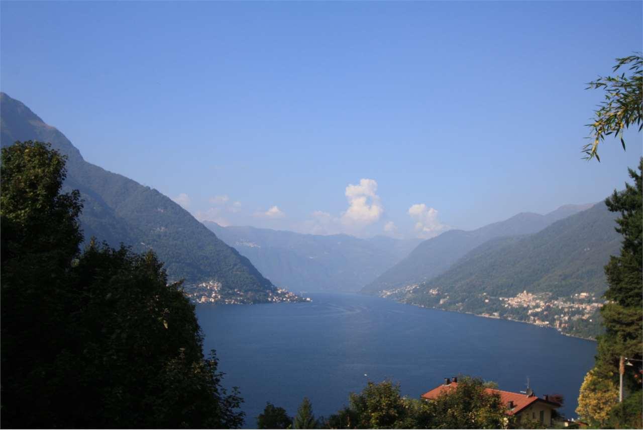 Soluzione Indipendente in vendita a Torno, 85 locali, prezzo € 400.000 | CambioCasa.it