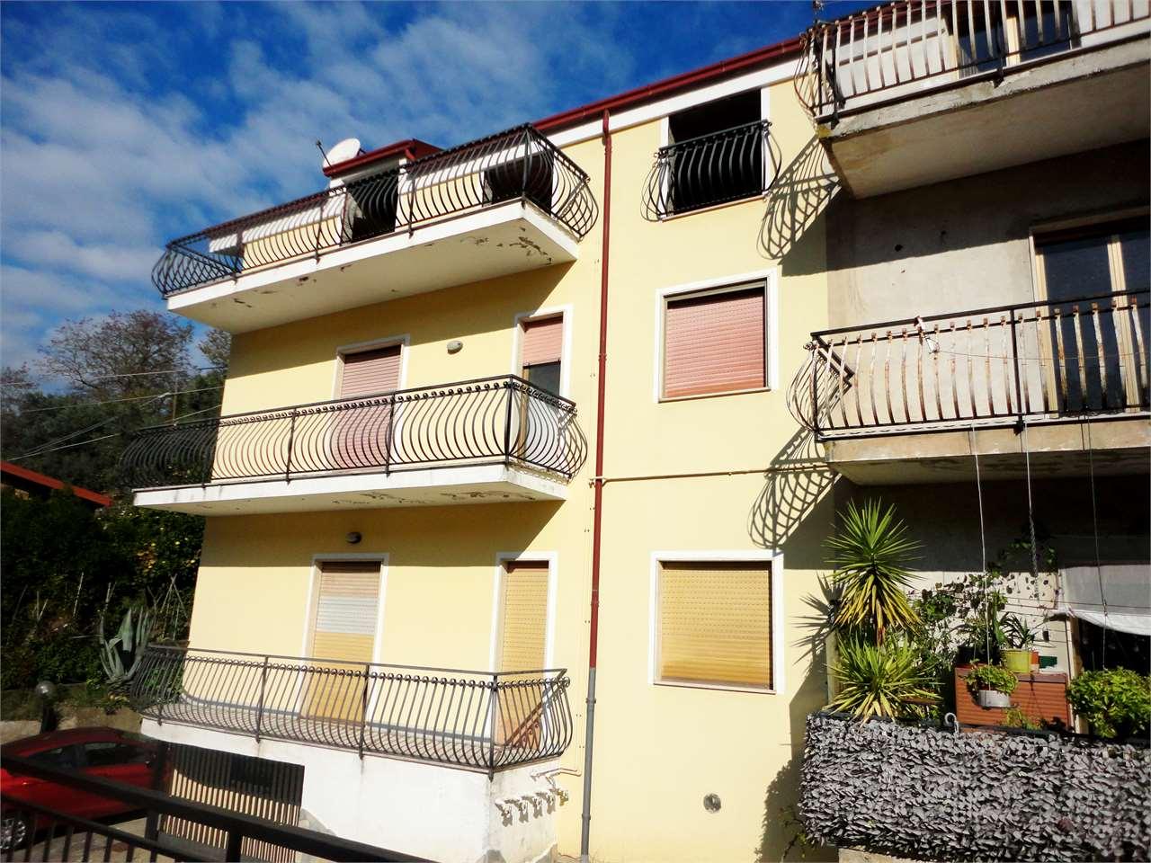 Appartamento in vendita a Zumpano, 2 locali, prezzo € 55.000 | Cambio Casa.it