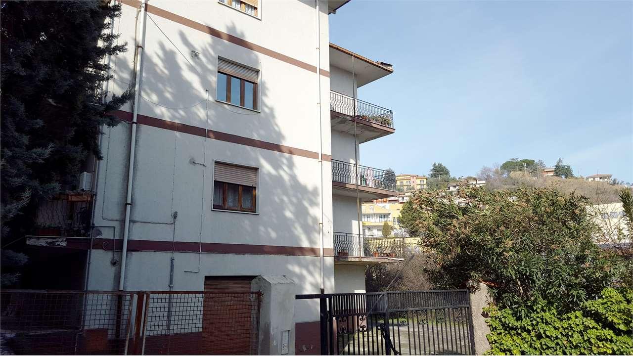 Appartamento in vendita a Castrolibero, 5 locali, zona Località: Andreotta, prezzo € 128.000 | Cambio Casa.it