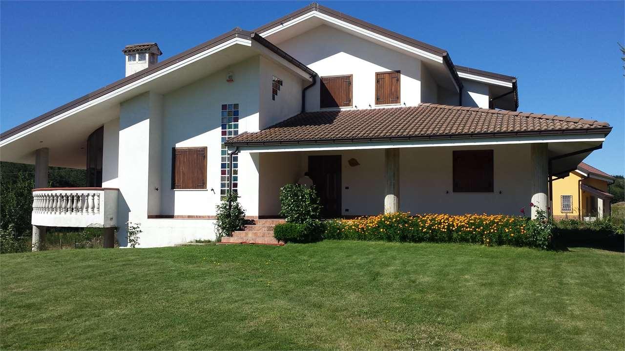 Villa in vendita a Aprigliano, 9999 locali, prezzo € 290.000 | Cambio Casa.it