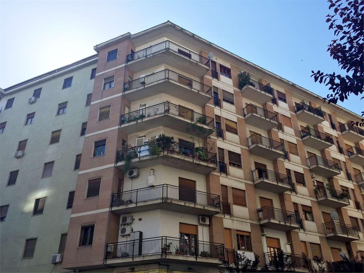 Appartamento in vendita a Cosenza, 4 locali, zona Zona: C.so Italia, prezzo € 169.000 | Cambio Casa.it