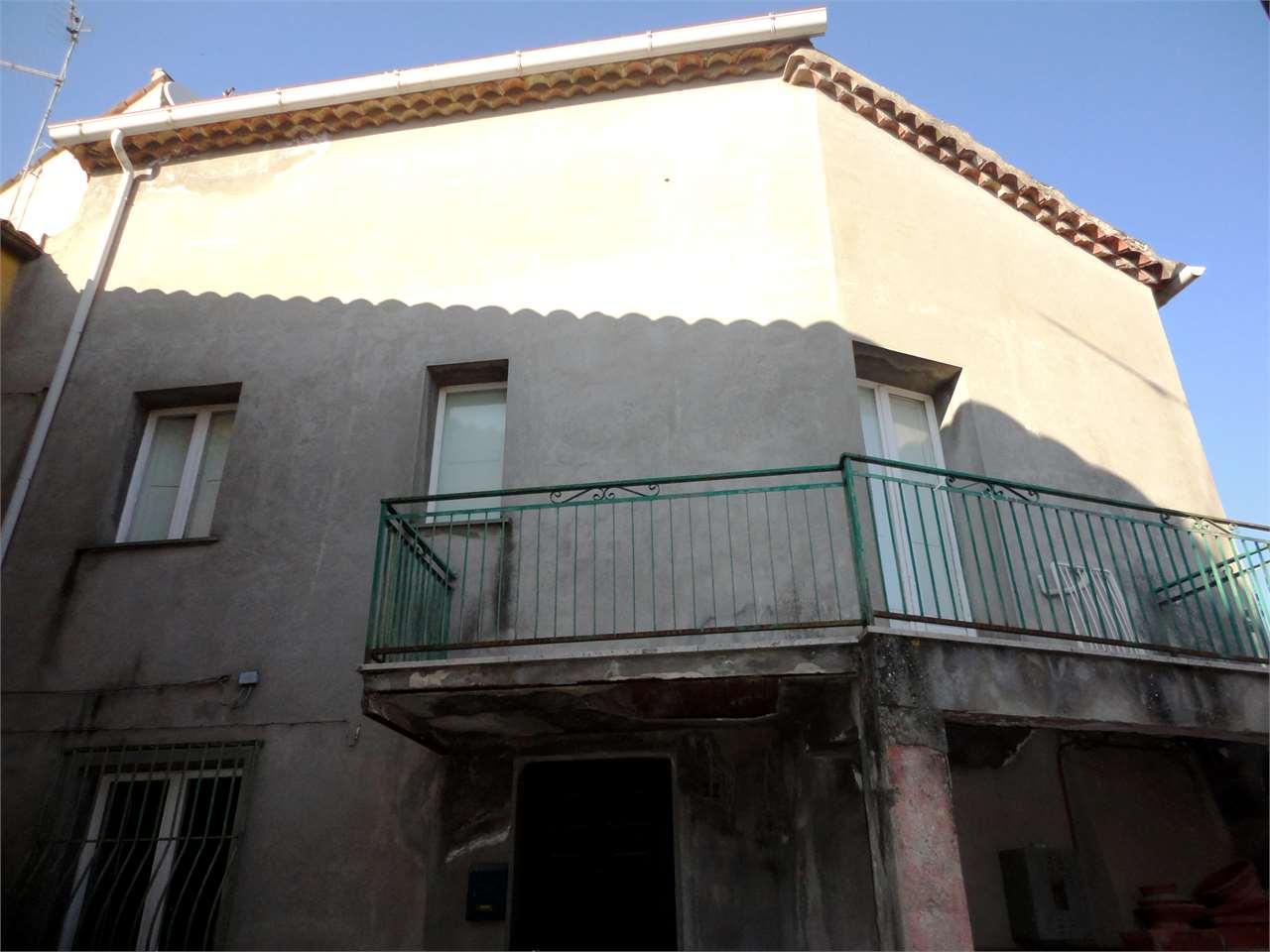 Villa a Schiera in vendita a Rovito, 7 locali, prezzo € 55.000 | Cambio Casa.it