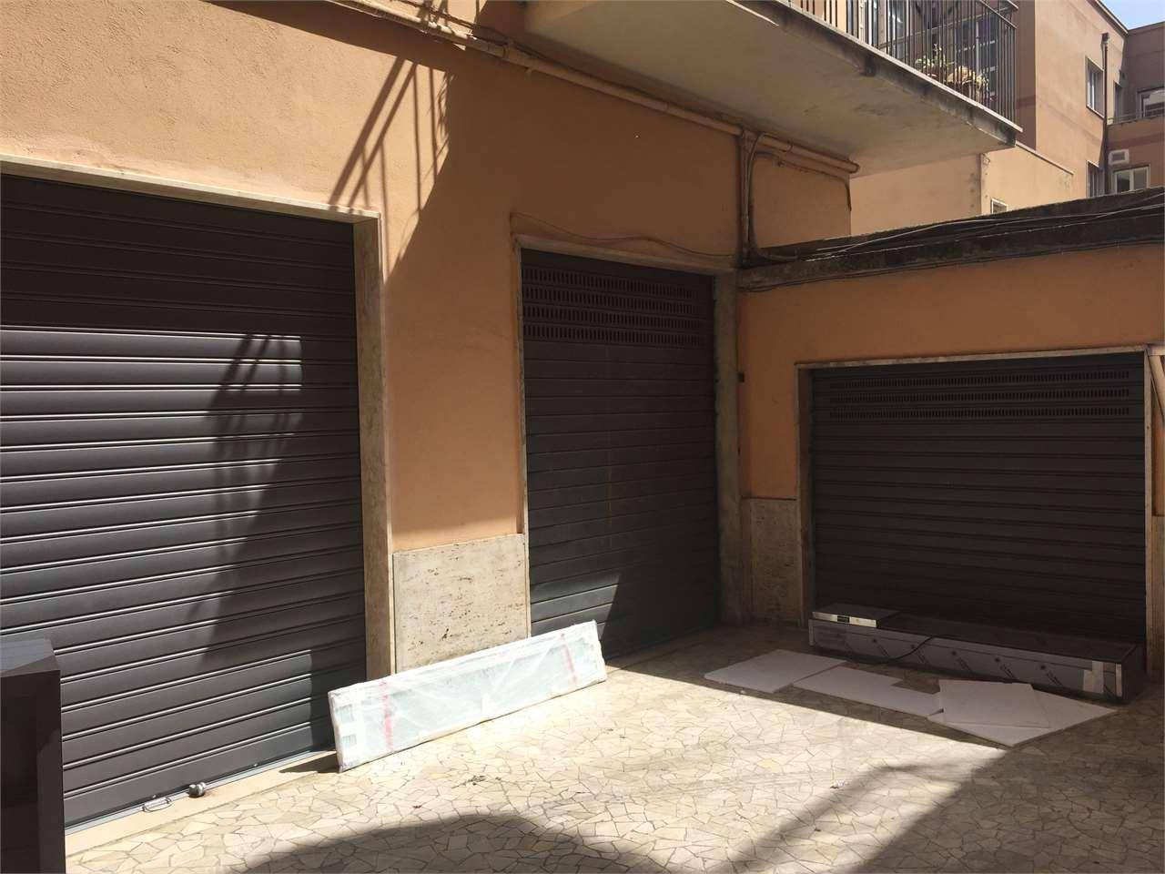 Box / Garage in vendita a Cosenza, 1 locali, zona Zona: Mazzini, prezzo € 25.000 | Cambio Casa.it