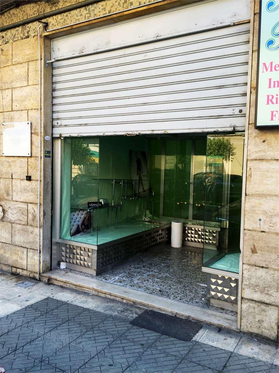 Magazzino in vendita a Cosenza, 1 locali, zona Zona: Viale Trieste, prezzo € 59.000 | Cambio Casa.it