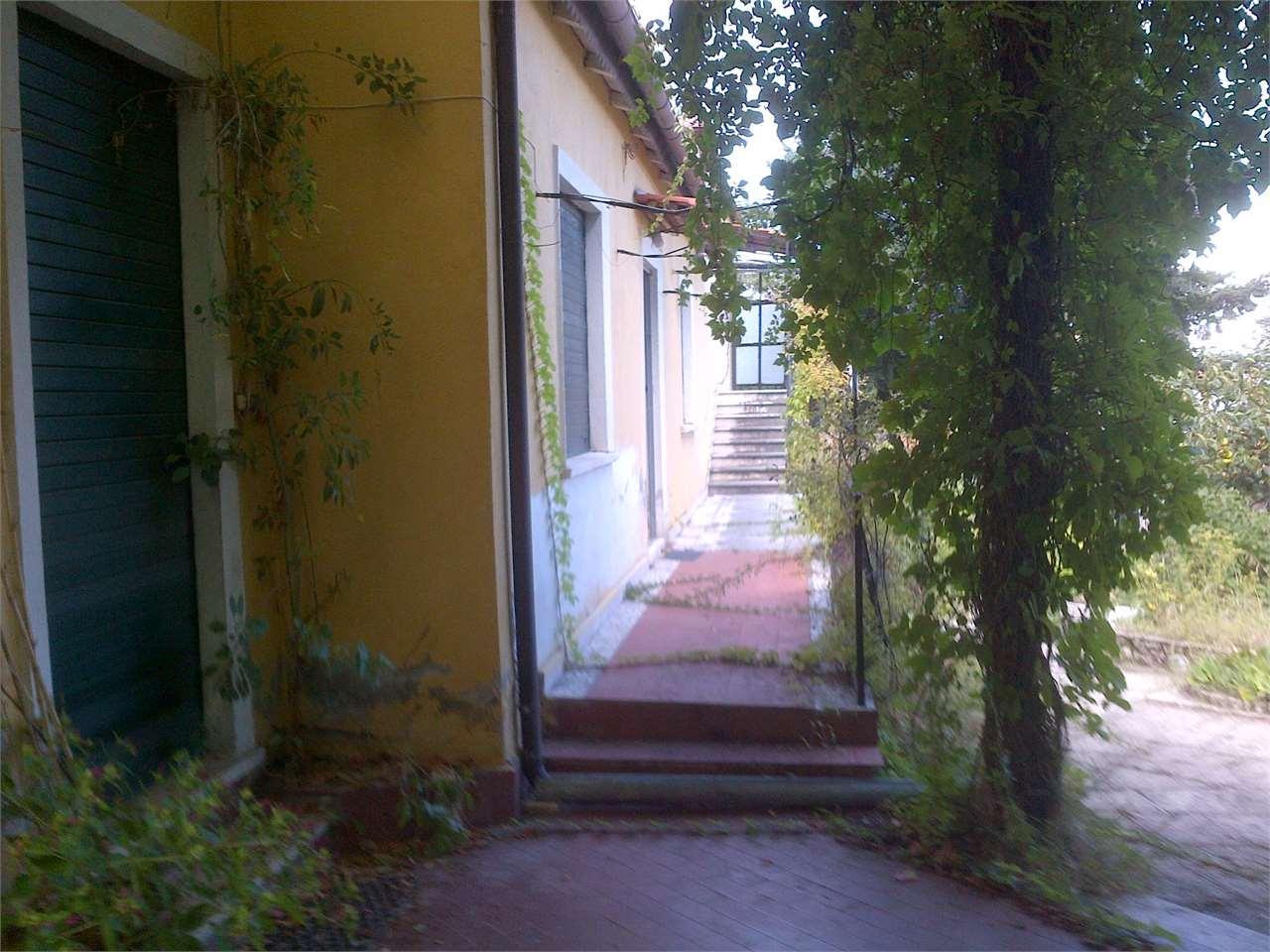 Cerisano Vendita Villa Immagine 1