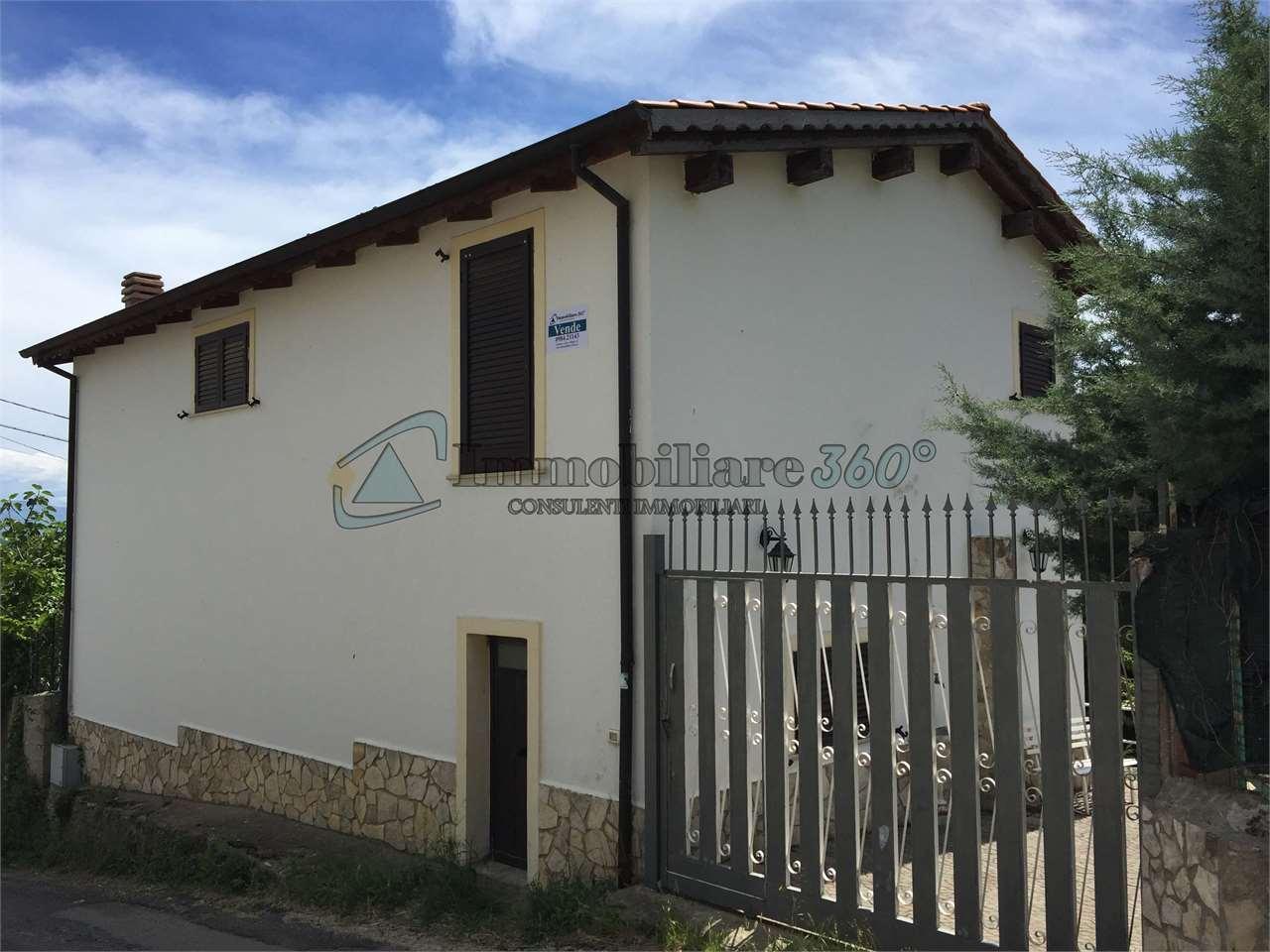 Villa in vendita a Rende, 6 locali, prezzo € 98.000 | Cambio Casa.it
