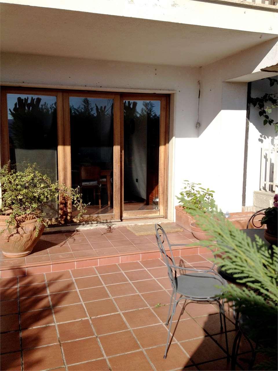 Villa a Schiera in vendita a Castrolibero, 7 locali, prezzo € 178.000 | Cambio Casa.it