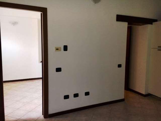 Appartamento in Vendita a Casnate con Bernate