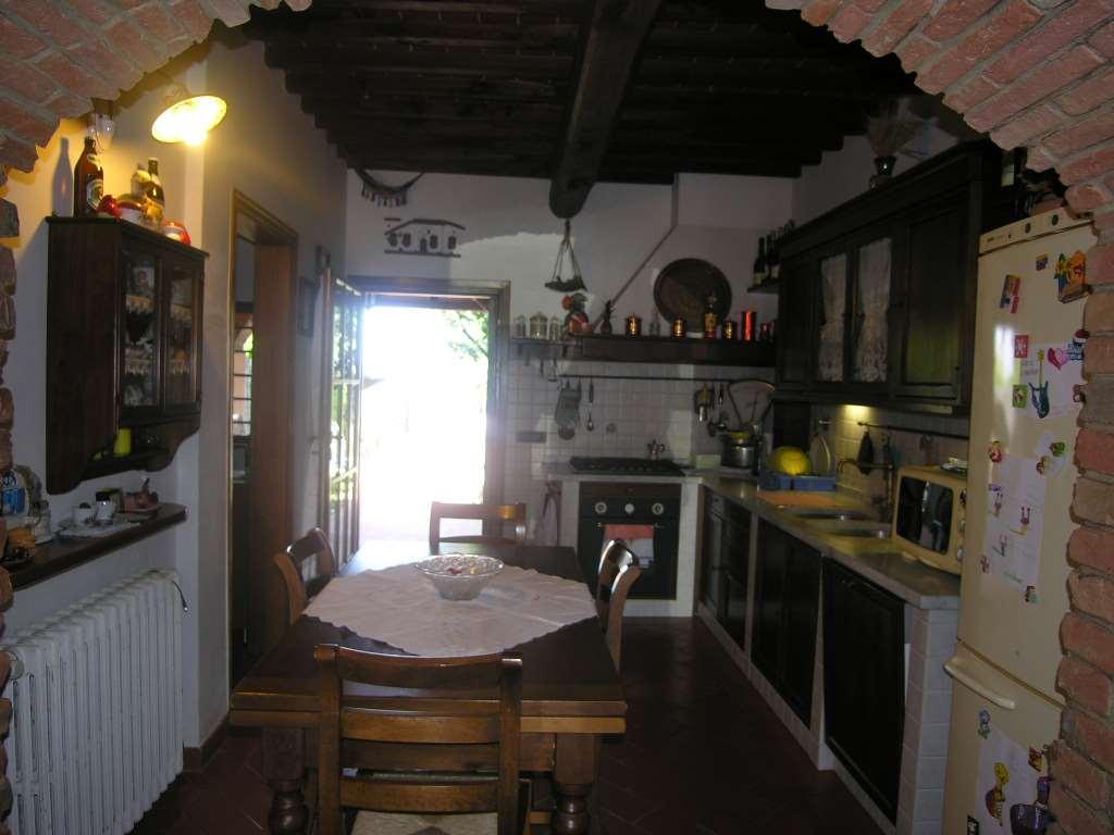 Rustico / Casale in vendita a Montelupo Fiorentino, 5 locali, zona Zona: Sammontana, prezzo € 450.000 | CambioCasa.it