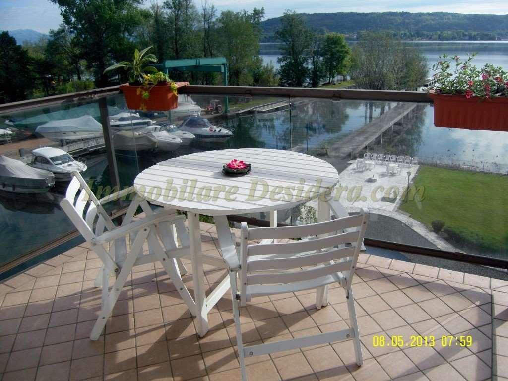 Appartamento in vendita a Dormelletto, 5 locali, prezzo € 295.000   CambioCasa.it