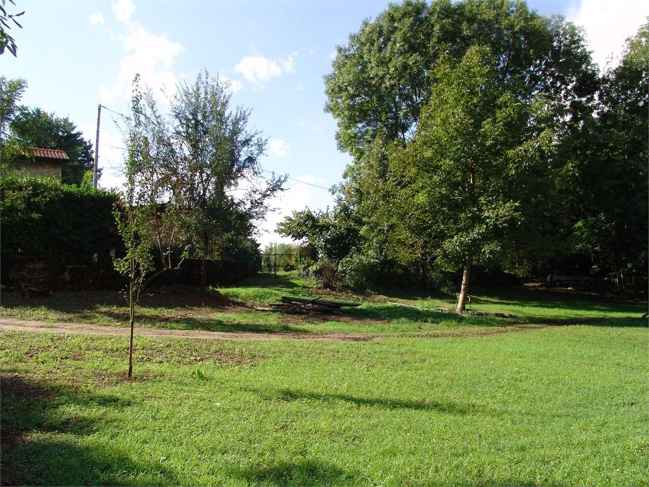 Laveno-Mombello Vendita Terreno Edificabile Immagine 1