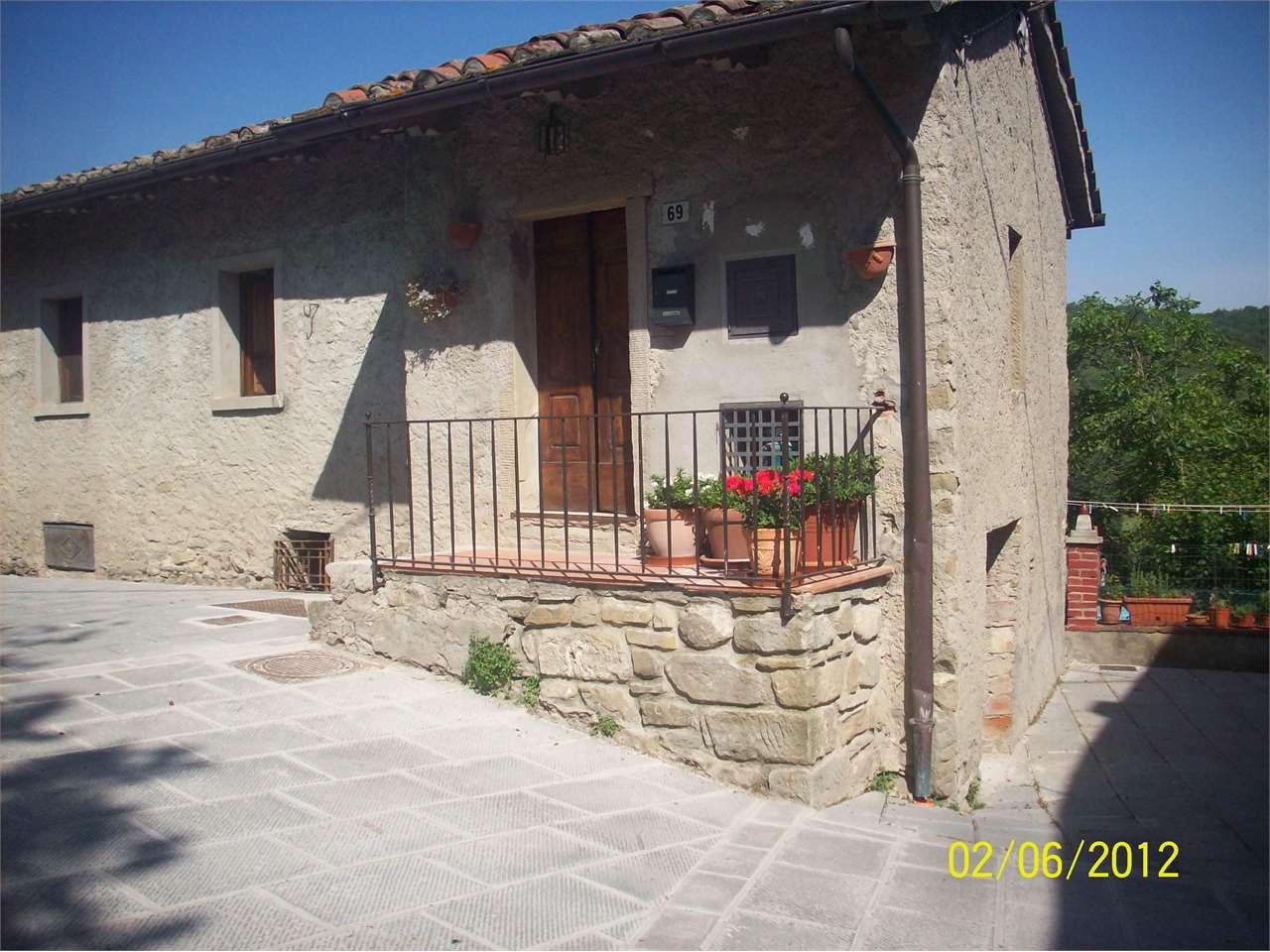 Appartamento in vendita a Capolona, 3 locali, prezzo € 67.000 | Cambio Casa.it