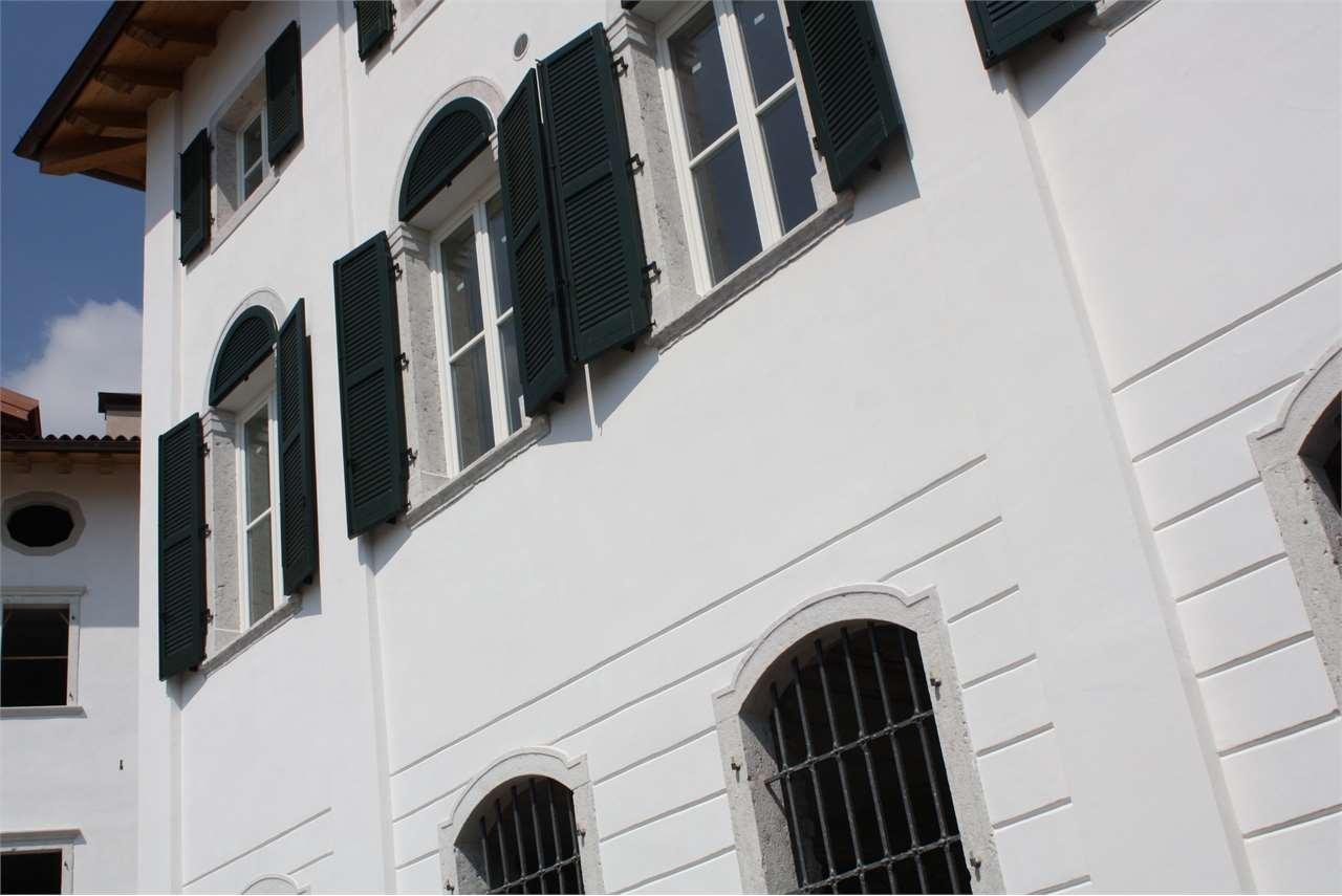Bazar. Settimanale di annunci gratuiti. Case, appartamenti, motori ...