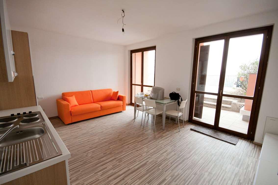 Appartamento in affitto a Fino Mornasco, 2 locali, prezzo € 600 | Cambio Casa.it