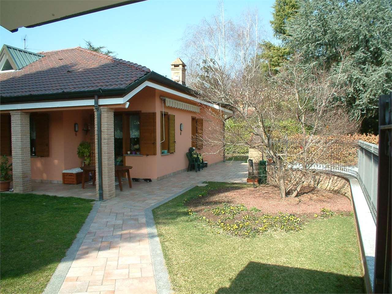 Villa in vendita a Guanzate, 9999 locali, zona Località: Cinq Fo', prezzo € 660.000 | CambioCasa.it
