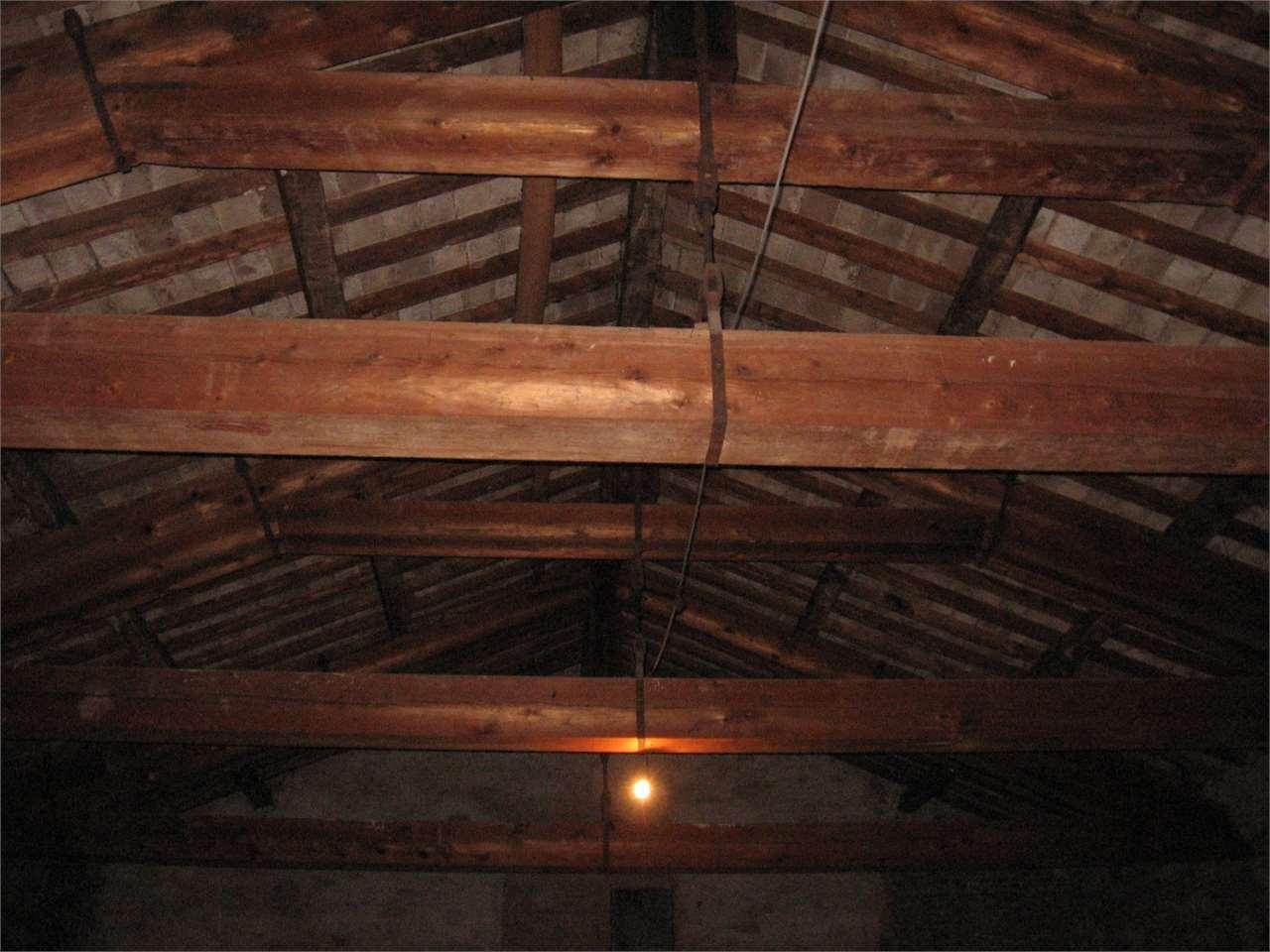 Palazzo stabile modena vendita zona centro storico 12500 for Ulteriori planimetrie