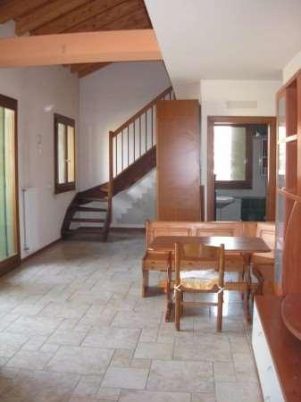 Appartamento in vendita a Mansuè, 2 locali, prezzo € 75.000   Cambio Casa.it