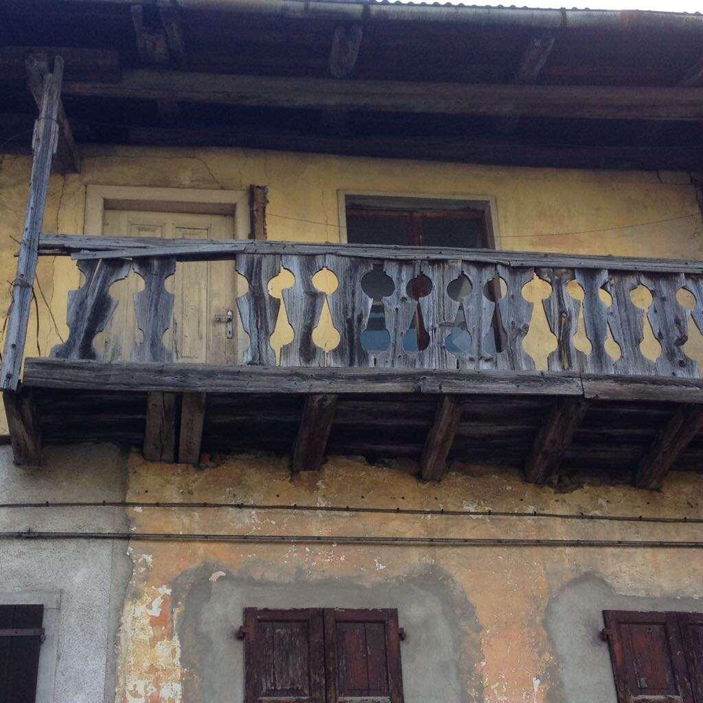 Palazzo / Stabile in vendita a Valle di Cadore, 5 locali, prezzo € 10.000 | CambioCasa.it