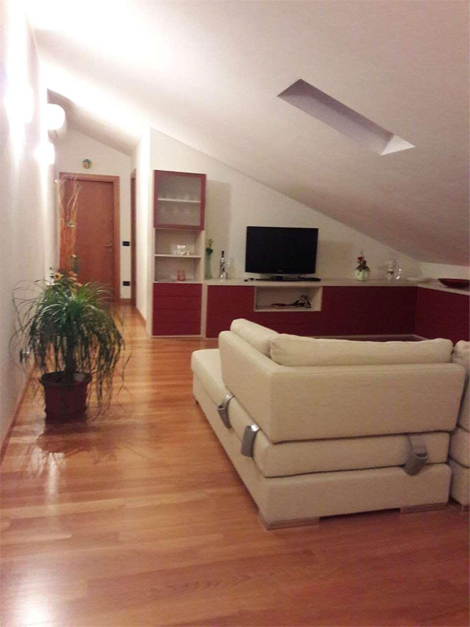 Appartamento in vendita a Cessalto, 5 locali, prezzo € 160.000   CambioCasa.it