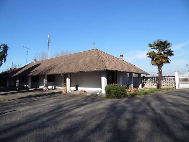 Appartamento in vendita a Mortara, 4 locali, prezzo € 350.000 | Cambio Casa.it