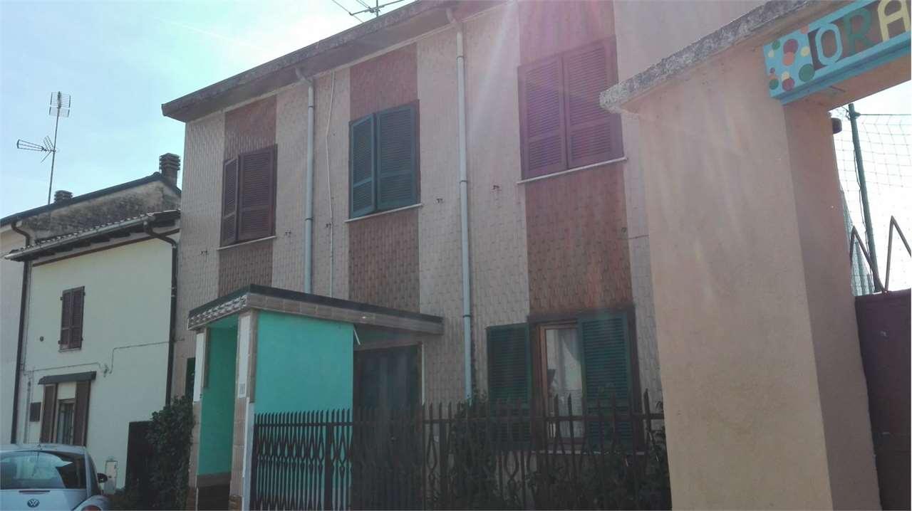 Appartamento in vendita a Mortara, 3 locali, prezzo € 60.000 | CambioCasa.it