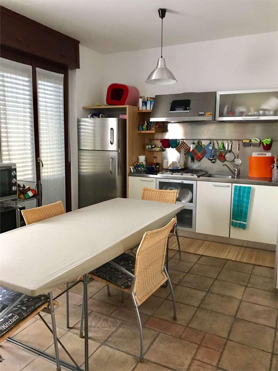 Appartamento in vendita a Mortara, 4 locali, prezzo € 200.000 | CambioCasa.it