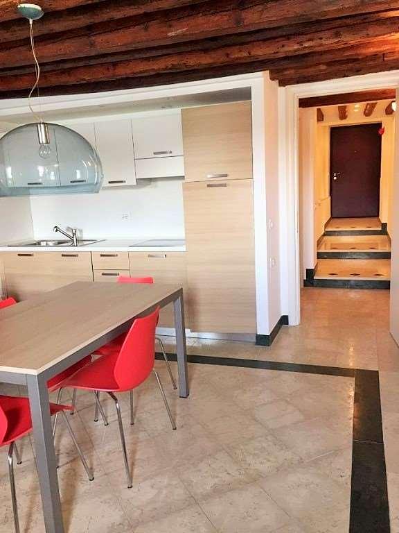 Vendita appartamento venezia for Aggiunta stanza indipendente