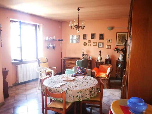 Appartamento in vendita a Grana, 4 locali, prezzo € 28.000 | CambioCasa.it