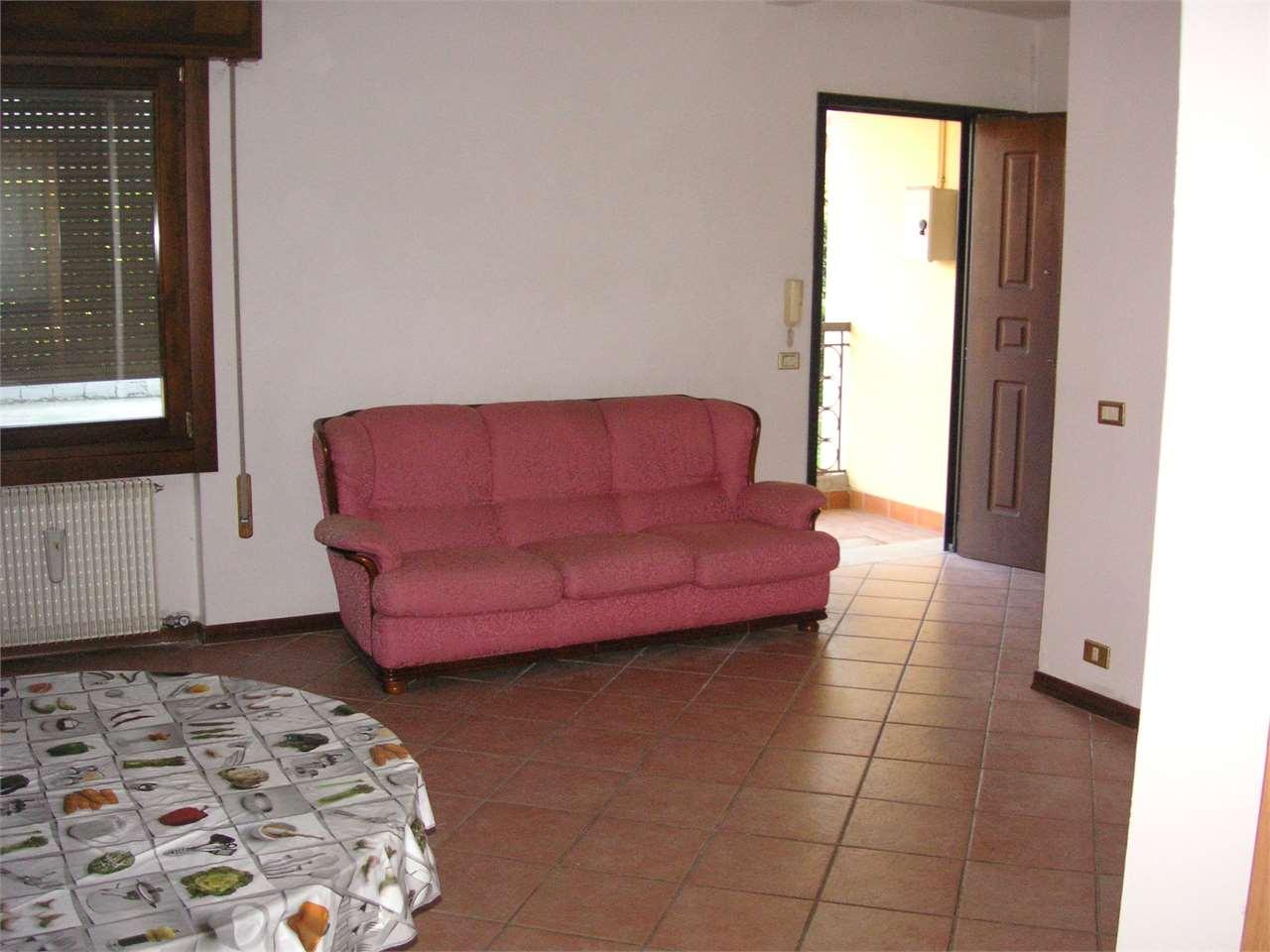 Appartamento in vendita a Istrana, 5 locali, prezzo € 120.000 | CambioCasa.it